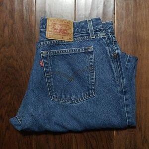 Levi's 560 loose fit Jean's 16